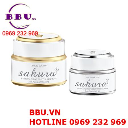 Kem đặc trị nám dưỡng trắng da ban ngày Sakura Day Cream SPF 45